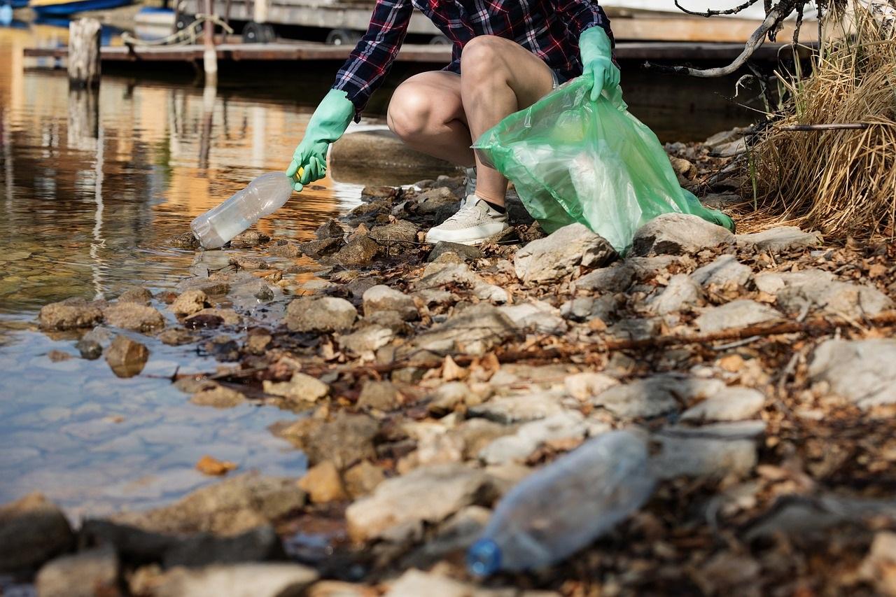 I dentisti Verdenti dicono no alla plastica